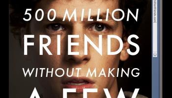 "Filmplakat til The Social Network (2010) med teksten ""You don´t get to 500 million friends without making a few enemies"""